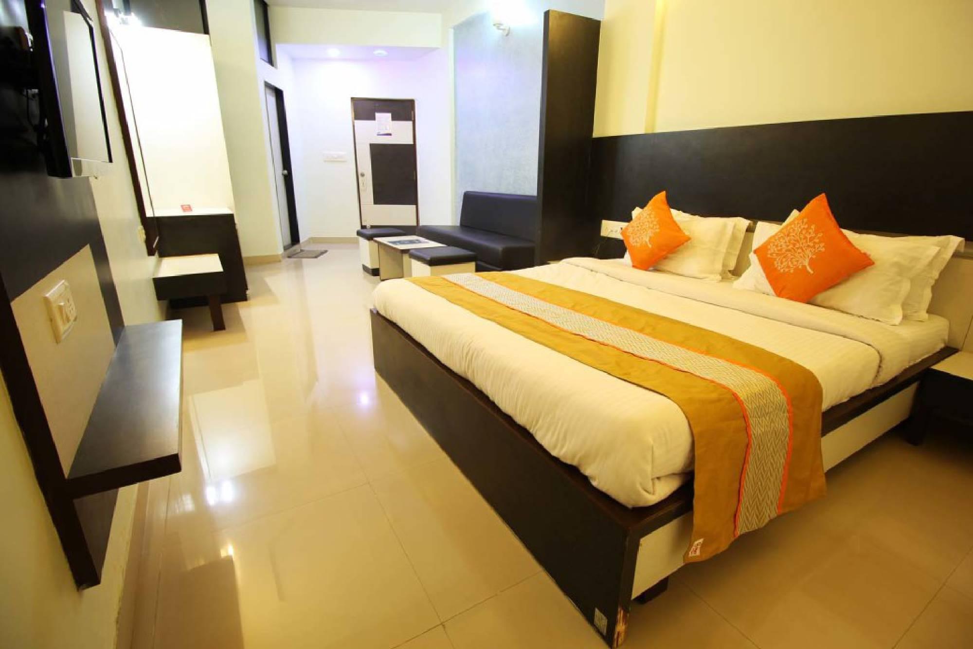 skylon hotel gandhinagar